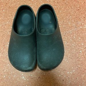Size ladies 8 nursing birks